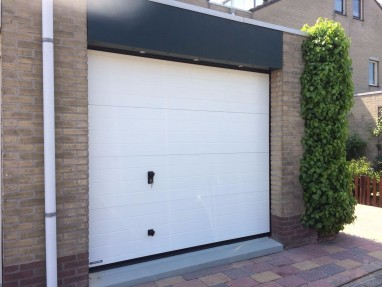Garagedeur incl loopdeur 3275mm breed en 3600mm hoog